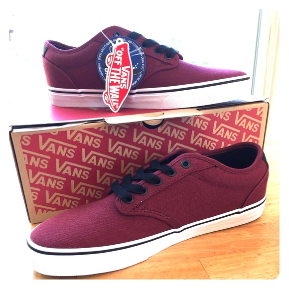 a8a2c192b8 Red white Atwood deluxe Vans NWWT